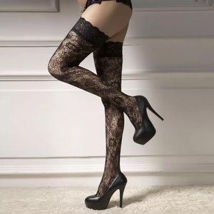 New Fishnet Style Stockings